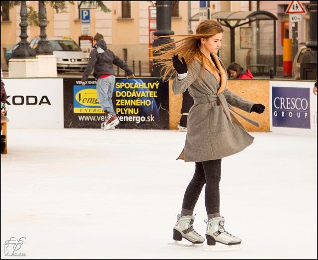 dívka na ledě